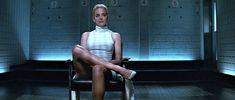 El descruce de piernas de Sharon Stone en 'Instinto básico' sigue siendo igual de perturbador