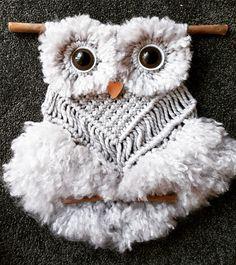 Macrame Owl, Macrame Knots, Crochet Hats, Owls, Macrame Jewelry, Blue Prints, Knitting Hats