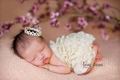 PRINCESS LACE AND CROWN