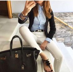 In order to be able to combine clothes again, it is important to know your own wardrobe inside out.Now you can do this with casual outfit ideas. Business Casual Outfits, Professional Outfits, Office Outfits, Summer Business Casual Women, Sexy Business Attire, Business Women, Business Casual Womens Fashion, Business Professional, Business Fashion
