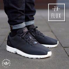 #adidas #adidasoriginals #originals #zxflux #zxflux #adidaszxflux #sneakerbaas #baasbovenbaas Adidas ZX Flux- The Adidas ZX Flux W is a Low-profile and great looking sneaker with a comfortable upper and technical Adidas Torsion sole. This ZX Flux W is made with a black upper and a white midsole. Now online available | Priced at 89.99 EU | Wmns Sizes 36 - 39 EU