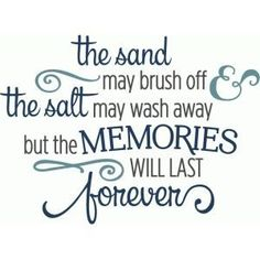 Cute for a beach bag. Silhouette Design Store - View Design sand may brush off memories last forever phrase Scrapbook Quotes, Scrapbook Titles, Scrapbooking Layouts, Beach Scrapbook Layouts, Vacation Scrapbook, Scrapbook Designs, Baby Scrapbook, Silhouette Design, Silhouette Projects