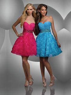 A-line Sweetheart Rhinstone Short Pink Cocktail Dress