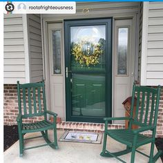 We love how the dark Larson Storm Door frames the green entry door and really brings out the chairs. Double Storm Doors, Larson Storm Doors, Green Front Doors, Red Doors, Entrance Doors, Painted Doors, House Painting, Cottage Style, Curb Appeal
