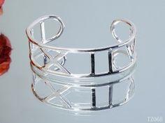 wholesale fashiopn Tiffany Bracelets online shoescapsxyz.org #fashion #Tiffany #Bracelets #womens #like #love #sale #online #girl #cheap #nice #beautiful #people #Bracelets #sale #online #tiffany tiffany's jewelry box blue