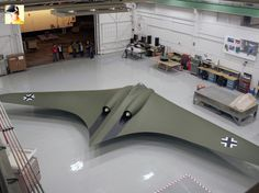 Weapon and Technology: World War 2 - Germany Stealth Bomber