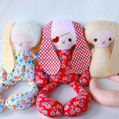 Could these be any cuter!!? OMG, great baby/toddler gift/ Bailey Bunny PDF Pattern