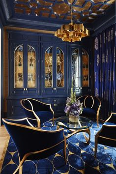 Bold Navy & Gold Parlour, with gold leaf ceiling details, custom cabinets &a. - Home Decoration Home Interior Design, Interior Architecture, Interior Decorating, Color Interior, Classic Interior, Luxury Interior, Art Deco Interior Bedroom, Palace Interior, Decorating Ideas