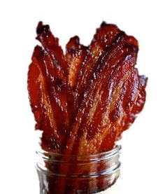 If you are a Bacon Lover, you've got to try the Brown Sugar Candied Bacon Jerky. What is Candied Bacon, you ask? Candied bacon is the perfect marriage of salty and sweet. It taste wonderful with eggs and makes a great buffet brunch side dish. Jerky Recipes, Bacon Recipes, Gourmet Recipes, Cooking Recipes, Cooking Tips, Cooking Corn, Atkins Recipes, Freezer Recipes, Dishes Recipes