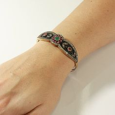 Bracelete Joia Turca Flor c/ Rubilita e Jade