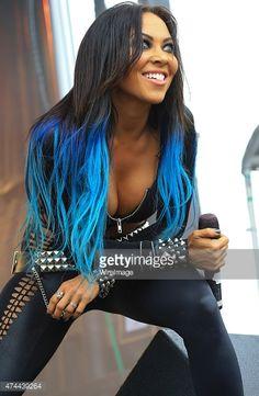 Butcher Babies - love her hair! Heavy Metal Fashion, Heavy Metal Girl, Rock And Roll Girl, 80s Hair Metal, Butcher Babies, Ladies Of Metal, Women Of Rock, Rocker Girl, Guitar Girl