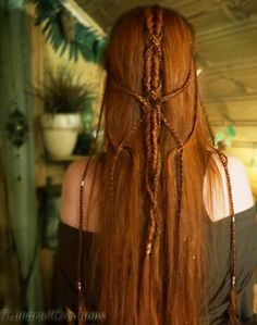 My hairdo for 'The Hobbit: The Battle of the Five Armies'! Elvish Hairstyles, Fancy Hairstyles, Braided Hairstyles, Wedding Hairstyles, Beautiful Red Hair, Love Hair, Corte Y Color, Hair Today, Hair Dos