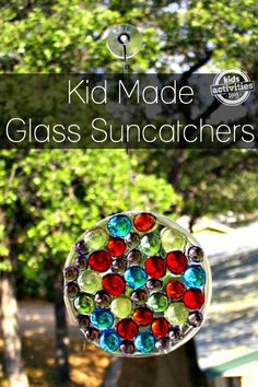 Here's an easy way to make a unique glass gem sun catcher from materials you may already have around your house. Cute Crafts, Crafts To Do, Crafts For Kids, Recycled Art, Recycled Materials, Sun Catcher, Spring Crafts, Teaching Kids, Wind Chimes