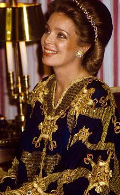 Sua Maestà La Regina Noor di Giordania.