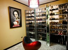 WiShoeful Thinker's Shoe Closet.