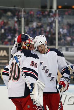 Hank and G: 2014 Coors Light NHL Stadium Series - New York Rangers v New Jersey Devils