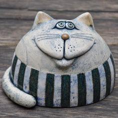 Pottery Animals, Ceramic Animals, Clay Animals, Ceramic Art, Paper Mache Sculpture, Pottery Sculpture, Polymer Clay Projects, Polymer Clay Art, Ceramic Pinch Pots