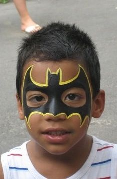 Batman party - bat face paint design - nice and easy!
