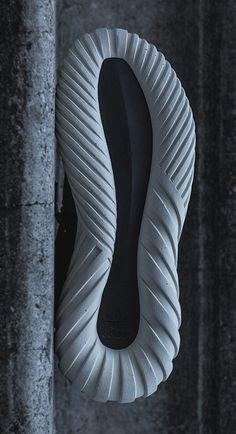 http://www.endclothing.com/blog/adidas-consortium-tour-tubular-doom-primeknit-kith-launching-30th-january/ - leManoosh
