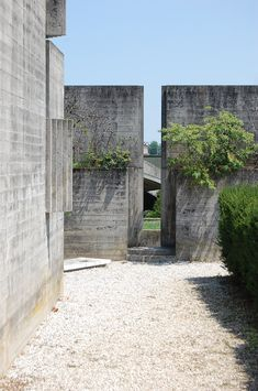Tomba Brion Cemetery. San Vito d'Altivole, Italy. 1969-78. Carlo Scarpa.