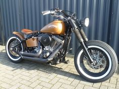 FXST SOFTAIL BOBBER STYLE - South-East Motorcycles HEIJEN