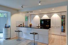 Lieblich ... Planung Und Elegante Hochglanzoptik Verbinden Sich In Der Küche  SieMatic SE 5005 Mit Kochinsel Zu Einem Stilvollen Ambiente Für Ihr Zuhause.