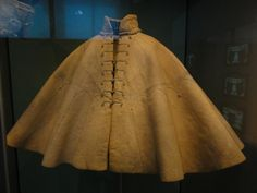 Spanish Cloak of Stephan III Praun, c. 1571 Germanisches National Museum