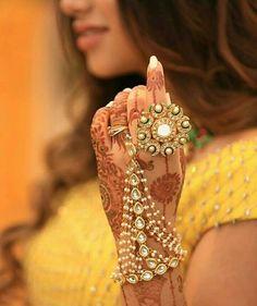 Hath paan/ Hathphool/ Indian Jewelry/ Hand Jewelry/ Pakistani Jewelry/ Hamd harness/ Indian wedding Jewelry - Famous Last Words Indian Bridal Jewelry Sets, Indian Jewelry Earrings, Jewelry Design Earrings, Hand Jewelry, Bridal Jewellery, Silver Jewelry, Jewelry Logo, Royal Jewelry, Choker Necklaces