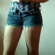 Hollister Jean Shorts Short Hollister Jean Shorts Worn Only Few Times.I Can't Fit Anymore I Just Need Them Sold. (Turn Garment Inside Out,Machine Wash Cold With Colors,Do Not Bleach,Tumble Dry Low,Warm Iron If Needed). Hollister Shorts Jean Shorts