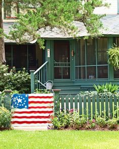 A little color goes a long way to celebrate our nation's heritage – and to promote curb appeal. With outdoor paint and a little creativity,… Cottage Style Decor, Southern Ladies, Cottage In The Woods, Outdoor Paint, American Pride, American Flag, Old Glory, Months In A Year, Fourth Of July