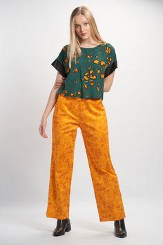 Vellamo Shirt - Green :: Vuurran.fi Seventh Wave, Black Fabric, Fabric Patterns, Woven Fabric, Elegant, Green, Shirts, Collection, Fashion