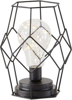 """Ein trendiges Industrial-Design macht die außergewöhnliche LED-Leuchte """"New York"""" aus. Sie verfügt über einen formschön gestalteten Korpus in Maschenoptik. Integriert ist eine Glühbirne, in der sich eine Lichterkette mit warm-weiß strahlenden Micro-LEDs befindet. Die Leuchte kann ideal auf einem Sideboard im Wohnzimmer oder in der Diele zum Einsatz kommen. Auch als Nachttischlampe ist sie bestens geeignet. Bronze, New York, Led Lampe, Decoration, Interior Inspiration, Teak, Bedroom Decor, Table Lamp, Home Appliances"""