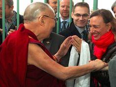 Cestovatelka při setkání s dalajlámou.