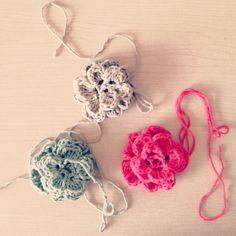 DIY: flower crochet