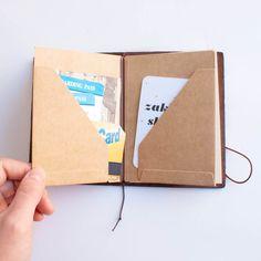 Traveler's Notebook Passport: 010 Kraft File - Omoi Zakka Shop