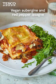 Try this vegan lasagne recipe as a tasty alternative to the classic that the whole family will love. Made with a meat-free aubergine and red pepper ragu, and a dairy-free creamy white sauce, this recipe still means you get delicious layers of flavour. Vegan Dinner Recipes, Vegan Dinners, Veggie Recipes, Vegetarian Recipes, Cooking Recipes, Healthy Recipes, Lasagne Recipes, Veg Lasagne, Tesco Real Food