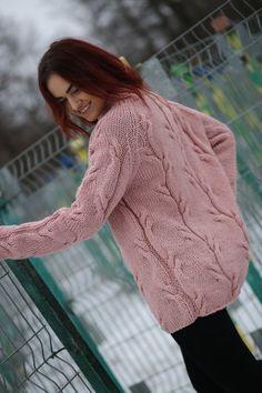 Hand Knit Slochly Sweater For Women Loose Sweater Warm image 6 Knit Vest Pattern, Sweater Knitting Patterns, Hand Knitting, Hand Knitted Sweaters, Warm Sweaters, Long Sweaters, Color Plomo, Loose Sweater, Cardigans For Women