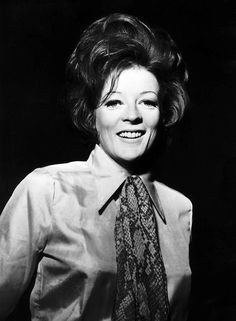 Maggie Smith.F/Pop.
