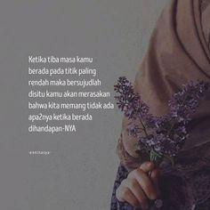 Muslim Quotes, Islamic Quotes, Self Reminder, Rabbi, Islamic Pictures, Malu, Doraemon, Wallpaper Quotes, Quran