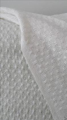Etole en laine et soie tissée sur rigid heddle loom Ashford motif Bronson lace