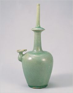 Celedon Buddhist Ritual Water Bottle (Kundika) 청자 정병 靑磁 淨甁.  高麗 12世紀