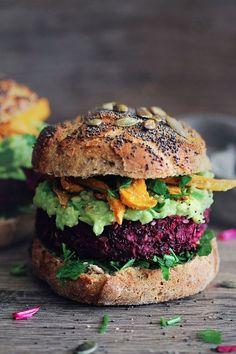 Ultimate Veggie Burger Beet burger with baked sweet potato fries and avocado sauce.Beet burger with baked sweet potato fries and avocado sauce. Beet Recipes, Veggie Recipes, Vegetarian Recipes, Cooking Recipes, Healthy Recipes, Vegetarian Dinners, Delicious Recipes, Vegan Vegetarian, Vegetarian Junk Food