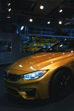 BMW M4 COUPE CAR YELLOW