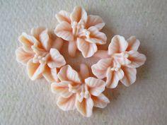 4PCS  Lily Flower Cabochons  Resin  14x16mm  Light by ZARDENIA, $3.00
