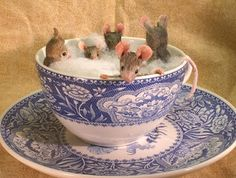 MousesHouses: hot tub