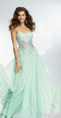 b57fb7830 366 Best Senior Prom Dresses images in 2019 | Ball Gown, Cute ...