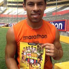 El Capitán OYOLA ya tiene su #AlbumBarcelona y tú? $1