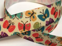 Each of the ribbons has an accompanying image from where you can see how it looks like. Halloween Ribbon, Cute Headbands, Pretty And Cute, Ribbons, Sunglasses Case, Image, Ideas