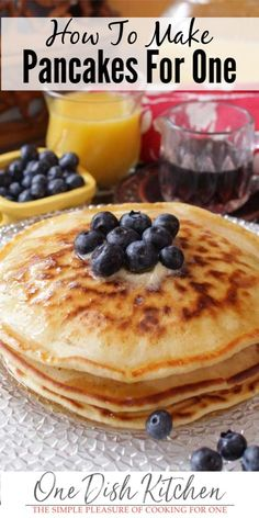 Pancakes For One, Pancakes From Scratch, How To Make Pancakes, Pancakes Easy, Fluffy Pancakes, Breakfast Pancakes, Pumpkin Pancakes, Breakfast Sandwiches, Breakfast Bowls