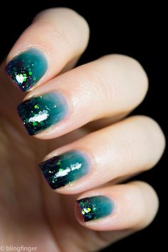 Teal Jelly Gradient with Glitter Tips (via Bloglovin.com )